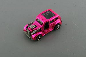 Hot Wheels Cockney Cab Pink