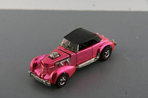 Hot Wheels Redline Classic Cord Pink