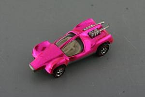 Hot Pink Mantis Hot Wheel Redline