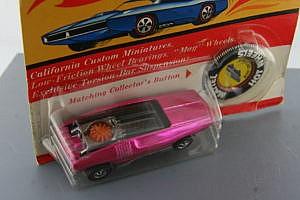 Hot Wheels Redline Whip Creamer Pink