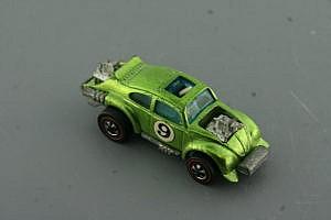 Hot Wheels Redline Evil Weevil Light Green